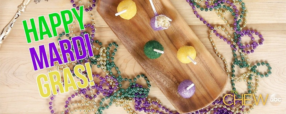 Mardi Gras King Cake Pops: Under 00:60