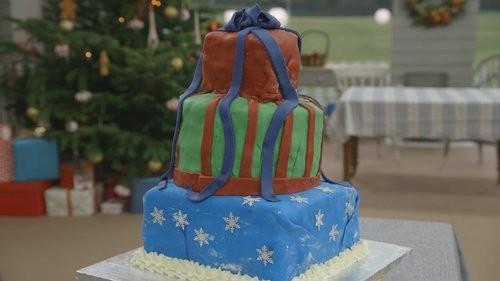 Episode 4 Tim S Showstopper Bake Holiday Lights Cake