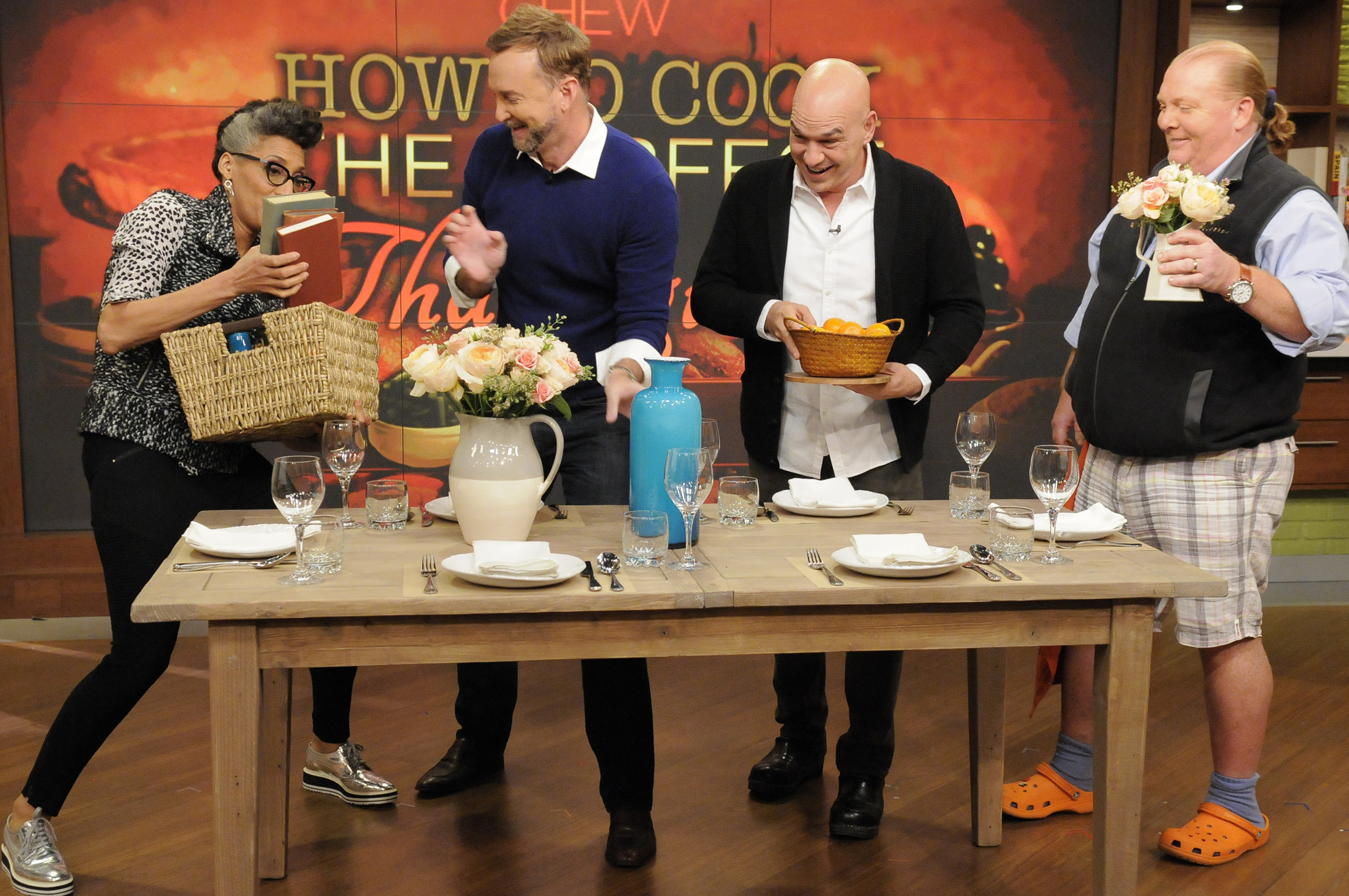 The Chew the chew's schedule for the week of 11/16: anthony mackie, dennis