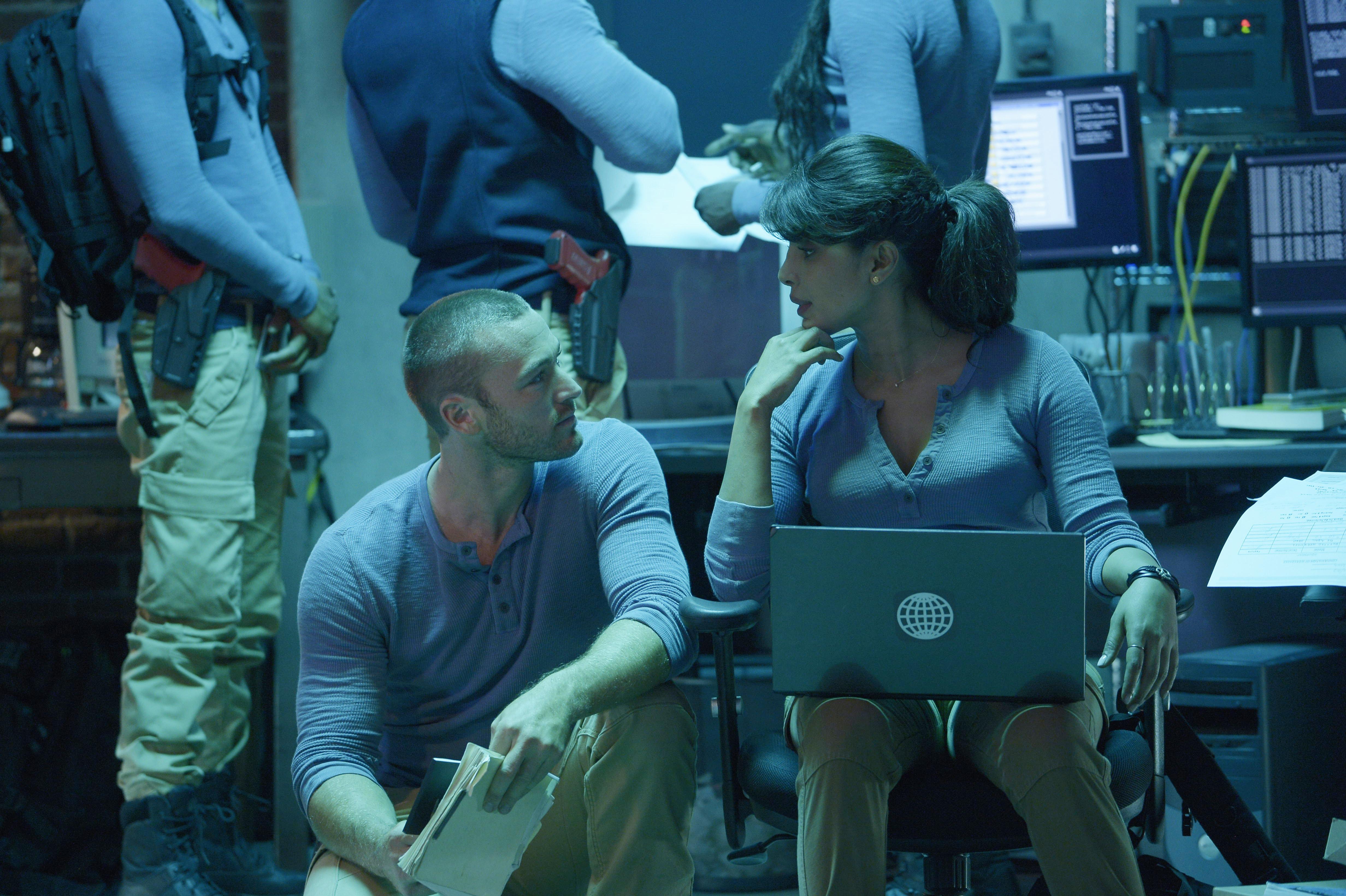 Biker Blog Season 5 Sneak Peek: Quantico Sneak Peek Season 1 Episode 2: Alex Is Armed