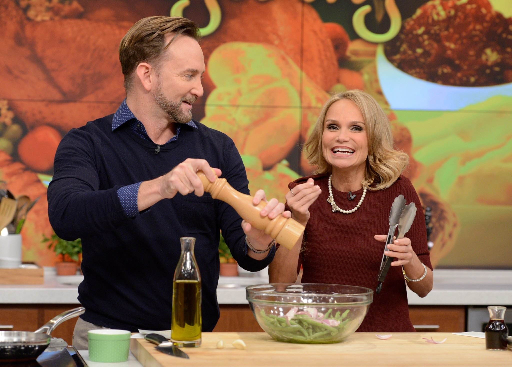 The Chew the chew's schedule for the week of 11/30: nigella lawson, leann