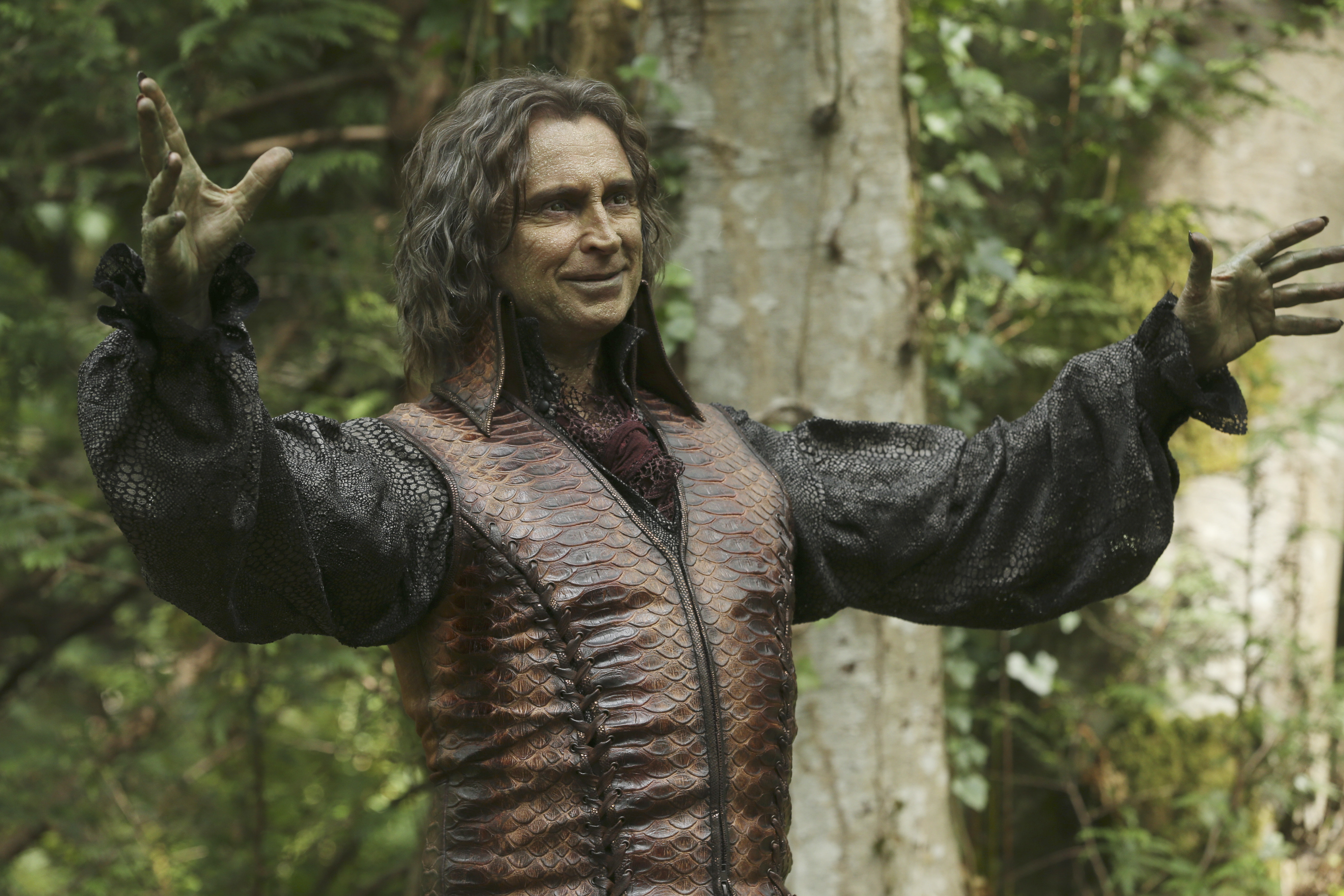 7 Easy Halloween Costumes from Once Upon a Time | Once Upon A Time