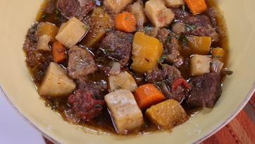 Slow Cooked Beef & Vegetable Stew