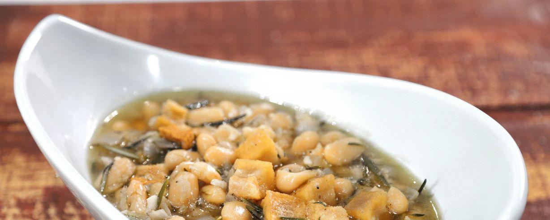 Yellow bean pork recipe