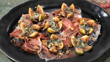 Prosciutto with Baked Stuffed Figs