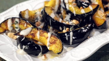 Roasted Acorn Squash with Cheese Sauce