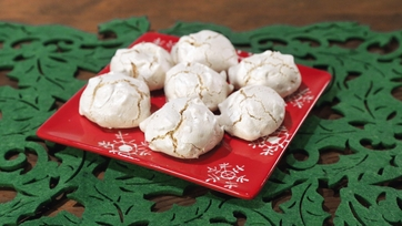 Brutti Ma Buoni (Ugly But Good) Cookies