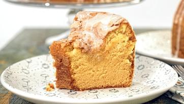 Buttery Vanilla Pudding Pound Cake