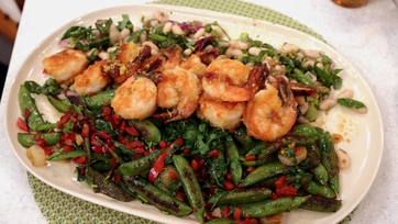Crispy Shrimp with Charred Snap Peas, White Beans & Sriracha Mint Dressing