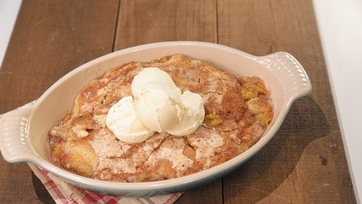Mom\'s Peach Cobbler