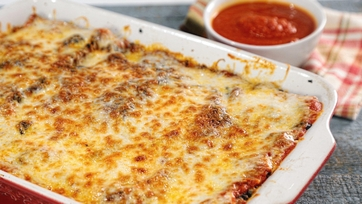 Stephen Smith\'s Meaty Cheesy Lasagna