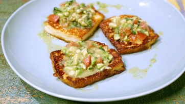 Crispy Halloumi with Avocado Salsa