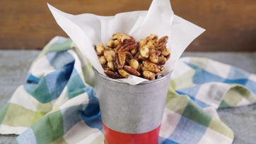 Father\'s Day Sweet & Spicy Nut Mix
