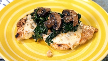 Spinach & Mushroom Smothered Chicken