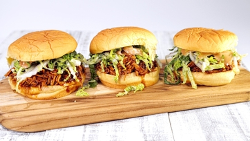 Slow Cooker Asian BBQ Chicken Sammies