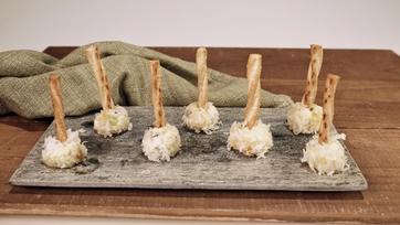 Mini Chutney Cheese Balls