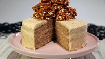 Peanut Butter Pretzel Banana Cake