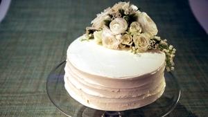 Carla Hall S Banana Cream Wedding Cake