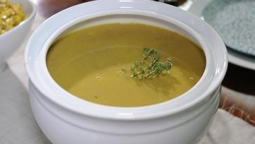 Daphne Oz\'s Chestnut Soup