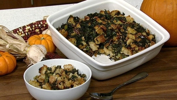 Daphne Oz\'s Mushroom & Vegetable Stuffing