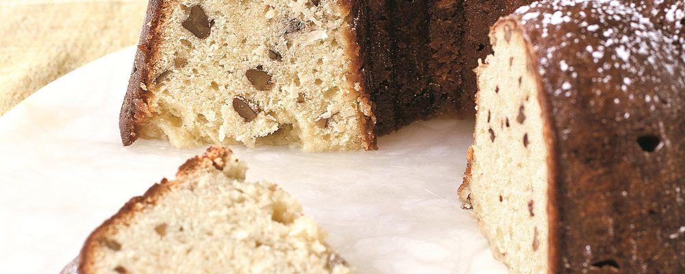 Daphne Oz\'s Coconut Pound Cake