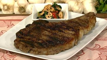 Bobby Flay\'s Rib Eye Steak With Chipotle Honey Glaze and Roasted Pepper Relish