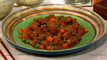 Andrew Zimmern\'s Sweet and Sour Bangkok Style Pork with Red Chiles