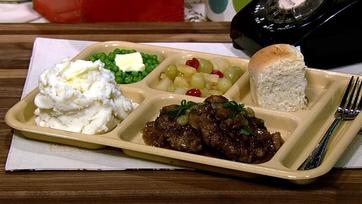 Mario Batali\'s Salisbury Steak with Yukon Gold Mashed Potatoes