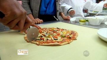 White House Grilled Garden Pizza