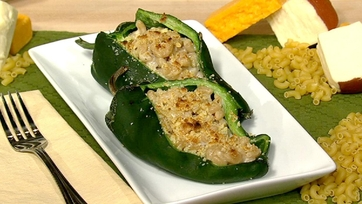 Mac n\' Cheese Stuffed Poblanos