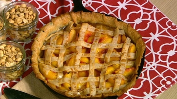 Cast Iron Peach Pie