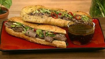 Chicago Style Italian Beef Sandwich