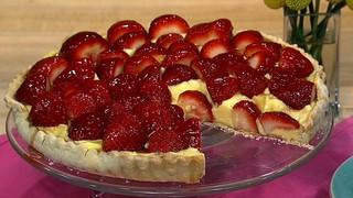 Clinton Kelly\'s Strawberry Tart