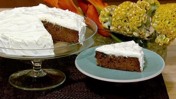 Stephanie Abrams\' Carrot Cake with Maple Cream Cheese Frosting