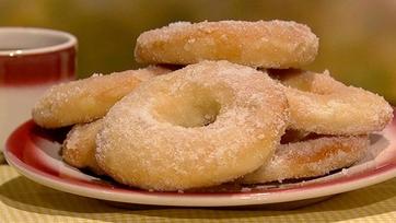 Fabio Viviani\'s Homemade Doughnuts