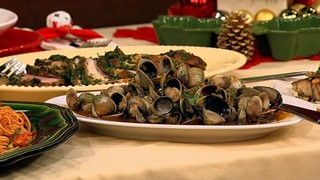 Mario Batali\'s Steamed Cockles with Red Chilis and Basil