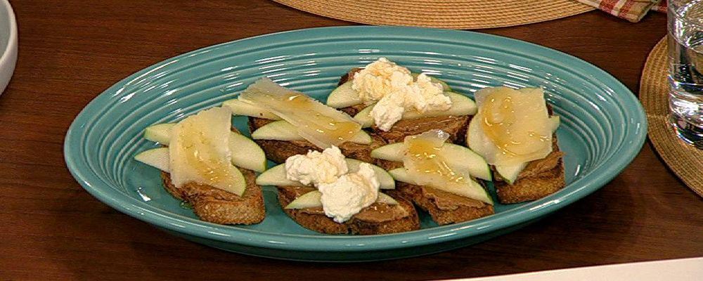 Apple and Cheese Whole Grain Bites