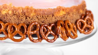 Clinton Kelly\'s Chocolate-Covered Caramel Pretzel Cheesecake