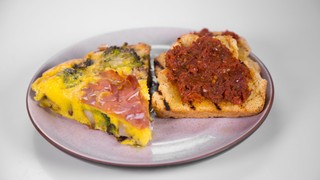 Mario Batali\'s Prosciutto and Potato Frittata