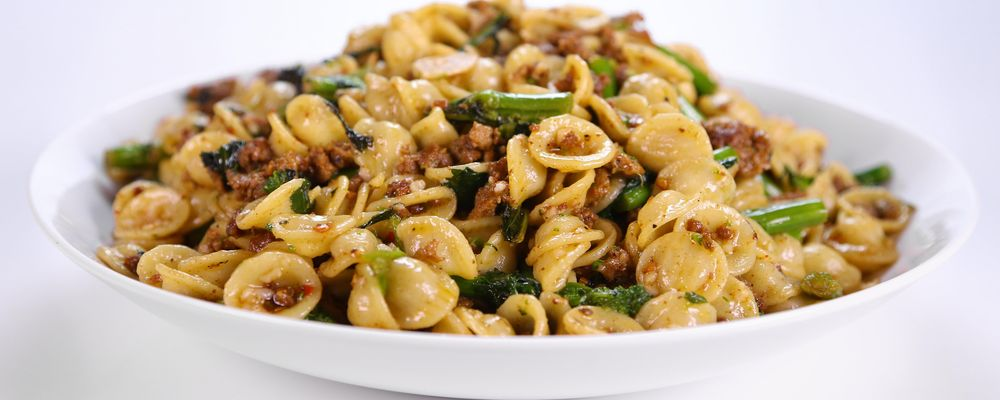 Mario Batali\'s Sausage and Broccoli Rabe Pasta