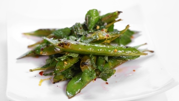 Michael Symon\'s Charred Sweet Peas and Mint