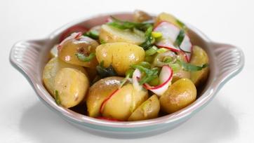 Clinton Kelly\'s Warm Potato Salad