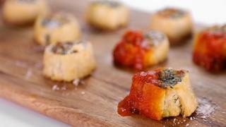 Clinton Kelly\'s Ricotta, Mozzarella, and Spinach Bites