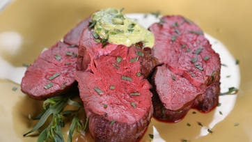 Ina Garten\'s Slow-Roasted Filet of Beef with Basil Parmesan Mayonnaise