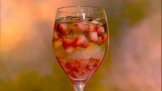 Clinton Kelly\'s Strawberry Basil Spritzer