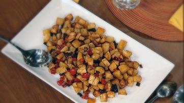 Daphne Oz\'s Crispy Baked Breakfast Potatoes