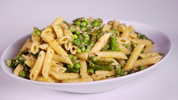 Chilled Penne Pasta with Asparagus and Peas