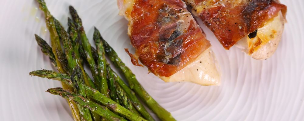 Jessica Mascoll\'s Chicken Saltimbocca with Asparagus