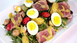 Michael Symon\'s Tuna Nicoise Salad