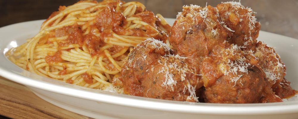 Mario\'s Makeover: Spaghetti with Moist and Tender Turkey Meatballs